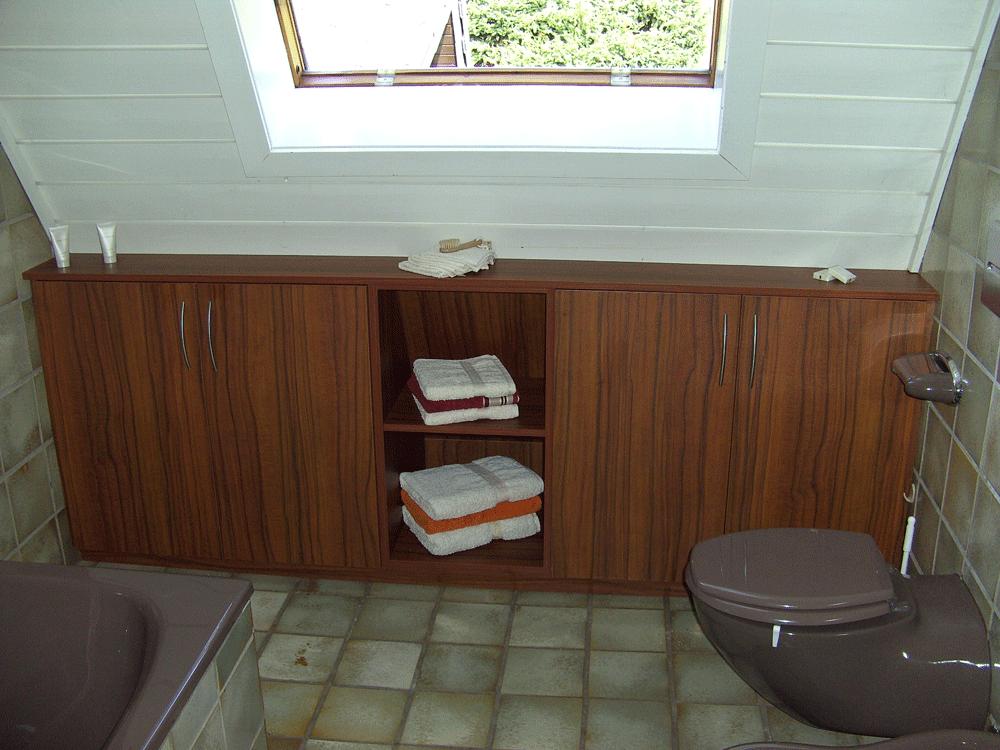 Referenzbild | Divers | Badezimmer Sideboard.png